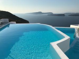 6 piscine sospese con vista mozzafiato